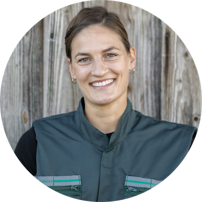 Portrait Dr. Kristin Bernhart